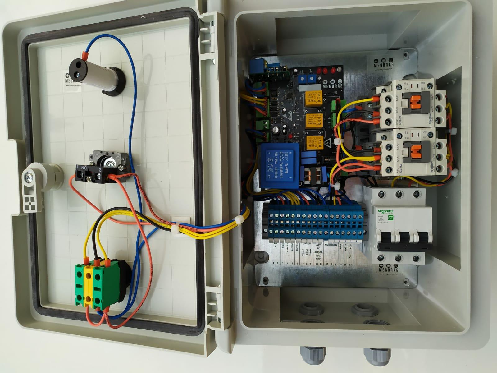 ADC102F3 Kontrol Ünitesi